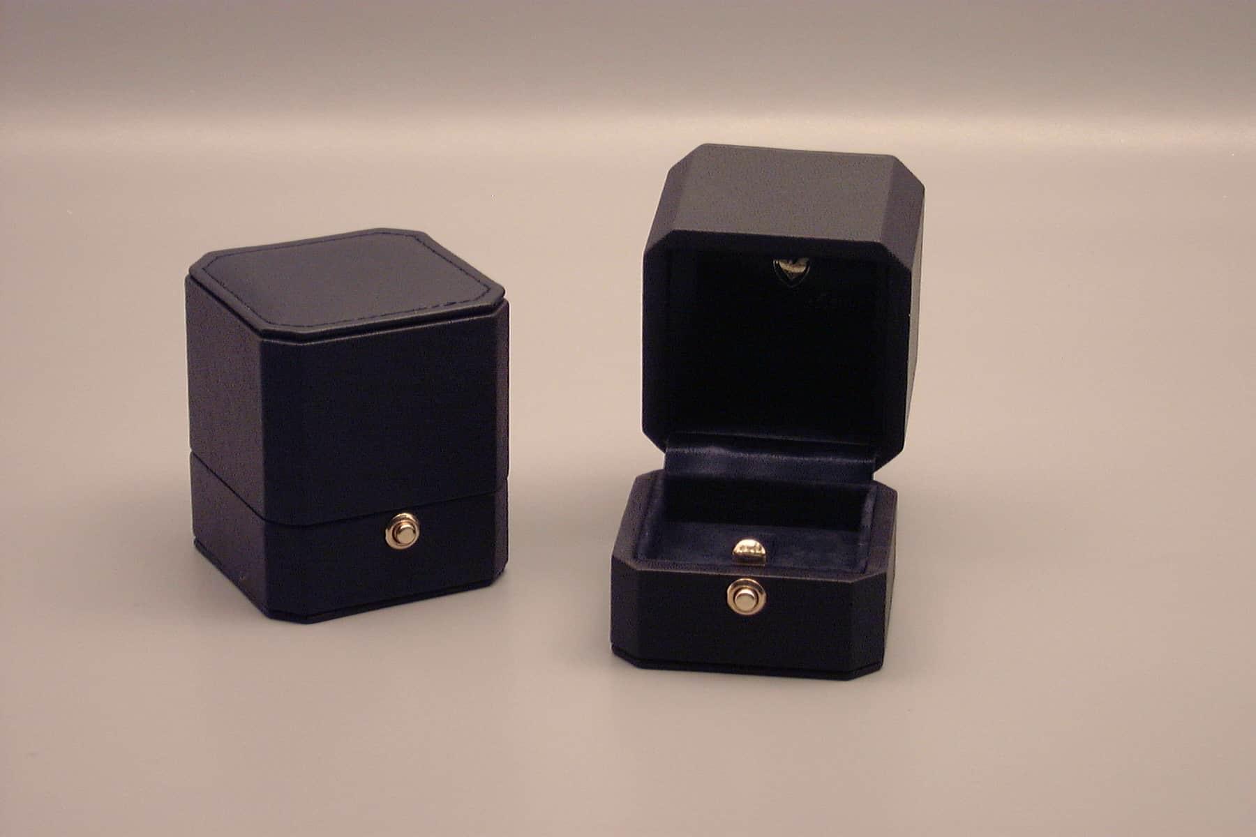 ring box custom leather