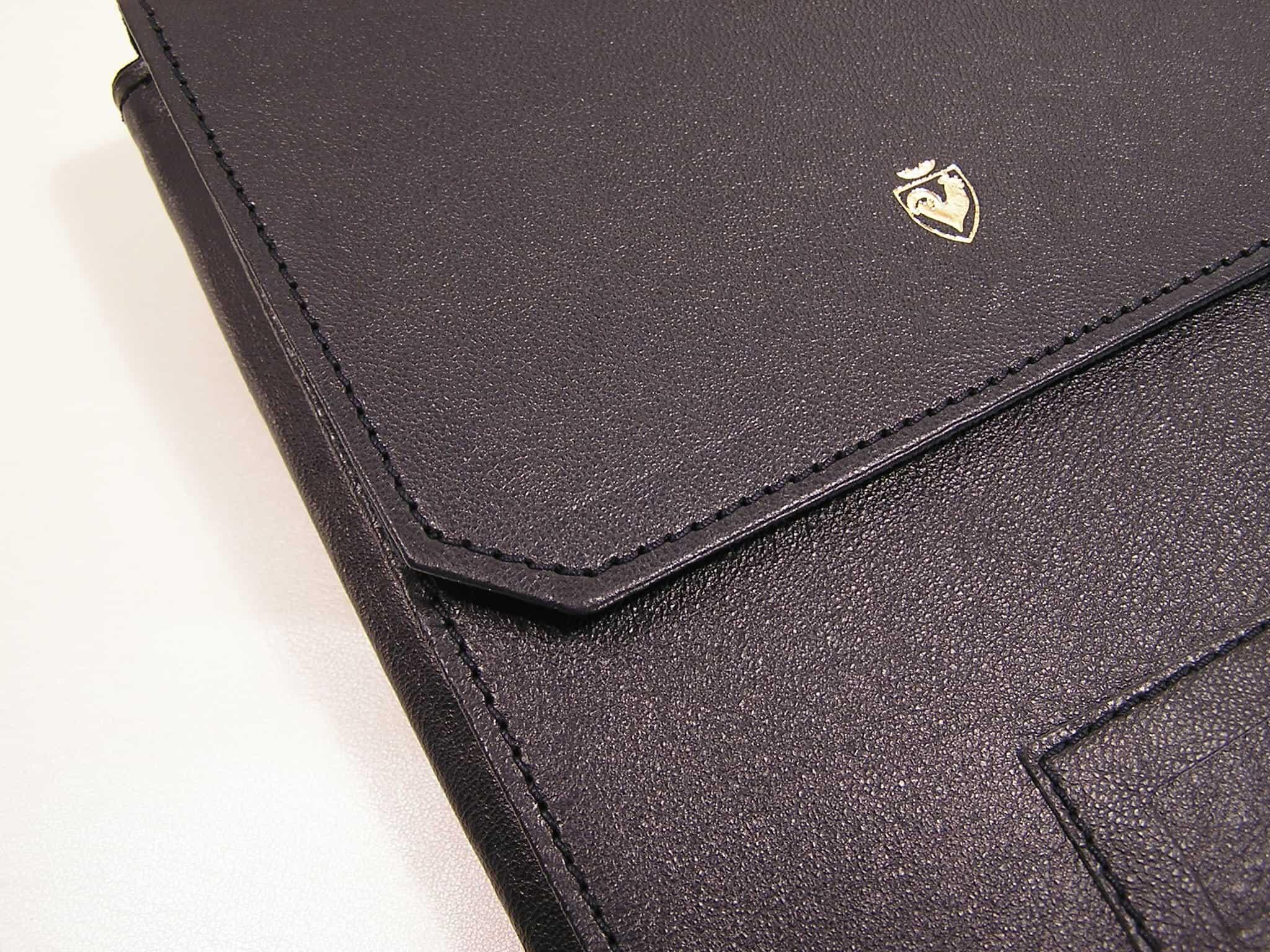leather necklace holder bag