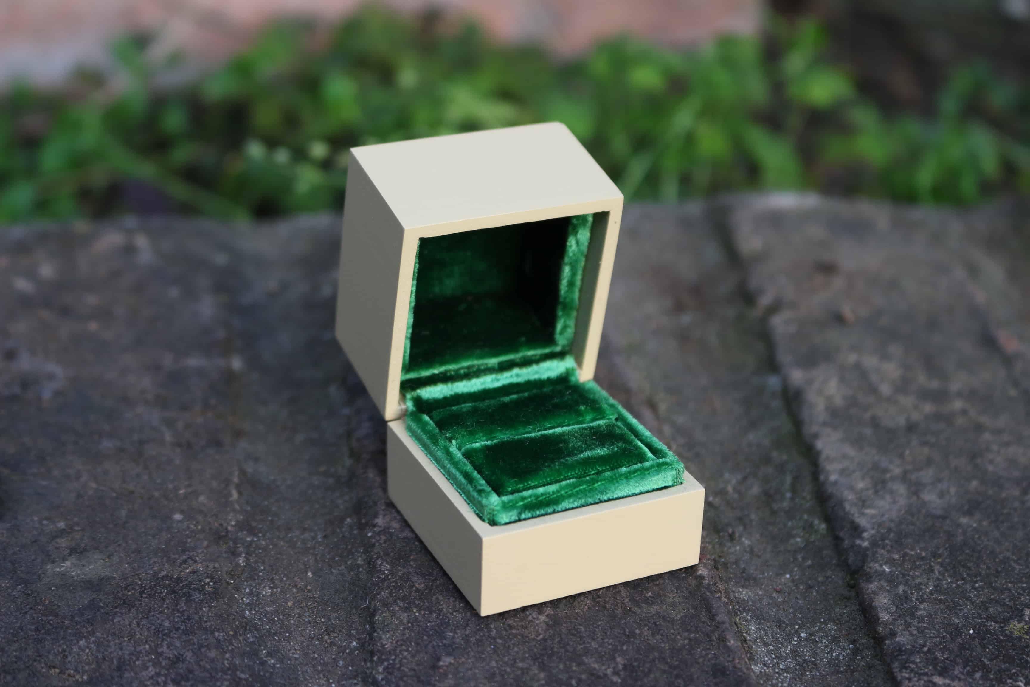 astuccio anello velluto verde